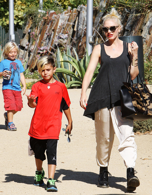 Gwen Stefani and kids go to the Natural History Museum in Los Angeles